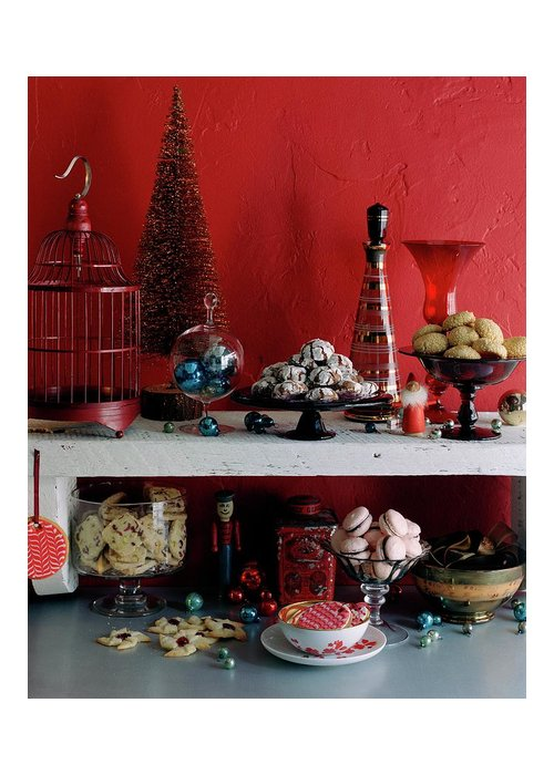 Cooking Greeting Card featuring the photograph A Christmas Display by Romulo Yanes