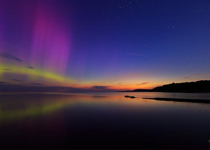 Aurora Greeting Card featuring the photograph A Majestic Sky by Everet Regal
