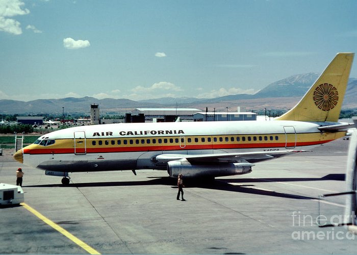 Aircal Greeting Card featuring the photograph Aircal Boeing 737 by Wernher Krutein