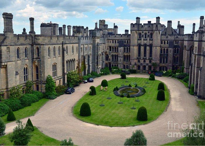 scottys castle courtyard - 700×500