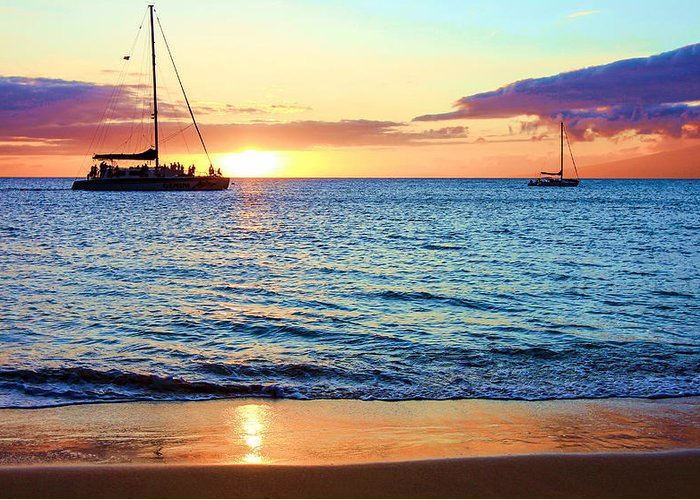 Hawaii Greeting Card featuring the photograph At Sea Sunset by Robert Aycock