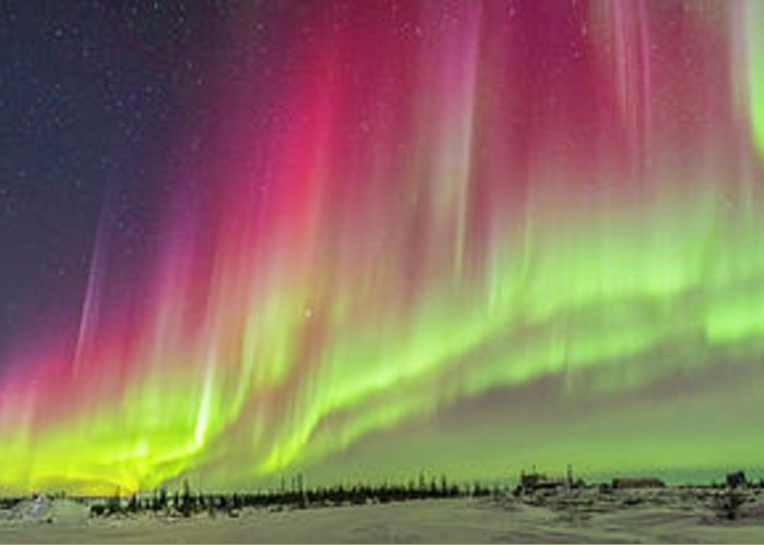 360� Greeting Card featuring the photograph Aurora Panorama Over Northern Studies by Alan Dyer