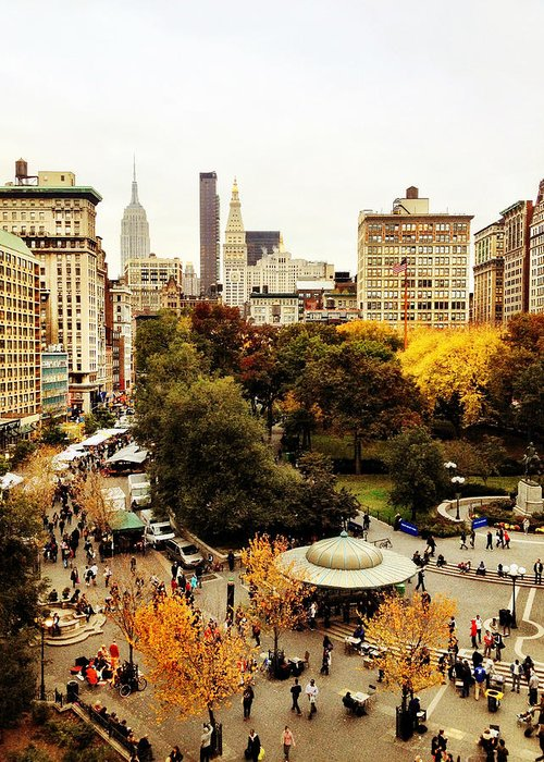 Nyc Greeting Card featuring the photograph Autumn - New York by Vivienne Gucwa