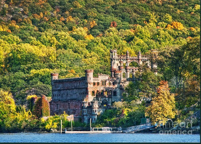 Castle Greeting Card featuring the photograph Bannerman's Castle by Claudia Kuhn