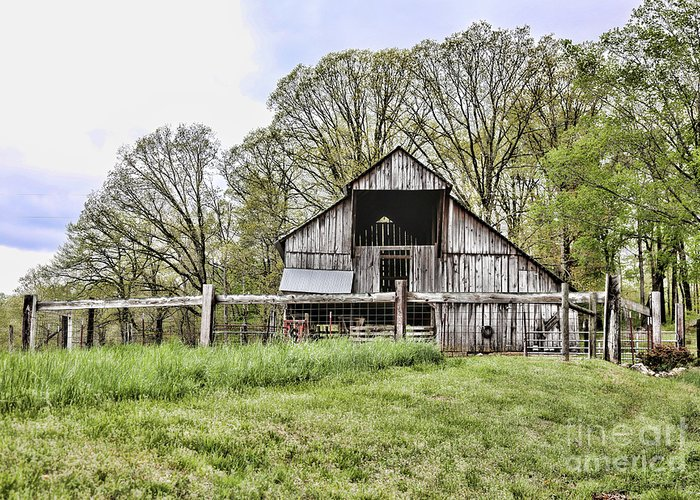 Tennessee Greeting Card featuring the photograph Barn II by Chuck Kuhn