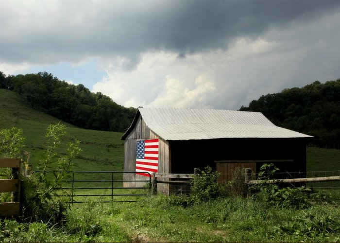Patriotic Barns Greeting Card featuring the photograph Barn In The Usa by Karen Wiles