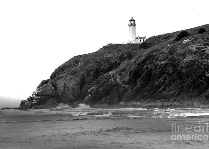 Black And White Greeting Card featuring the photograph Beach View Of North Head Lighthouse by Robert Bales