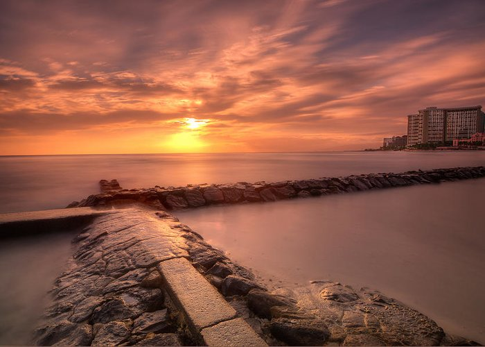 Seawall Greeting Card featuring the photograph Beautiful Waikiki Sunset by Tin Lung Chao