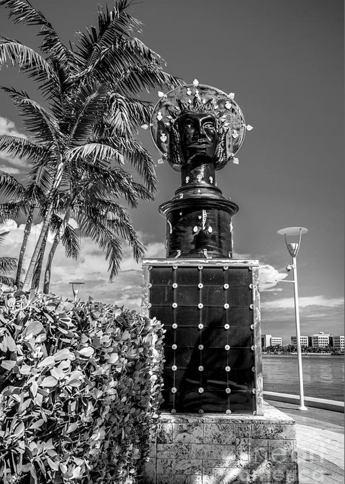America Greeting Card featuring the photograph Blue Crown Statue Miami Downtown - Black And White by Ian Monk
