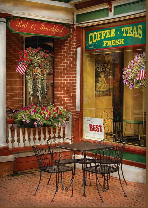 Ice Cream Greeting Card featuring the photograph Cafe - The Best Ice Cream In Lancaster by Mike Savad
