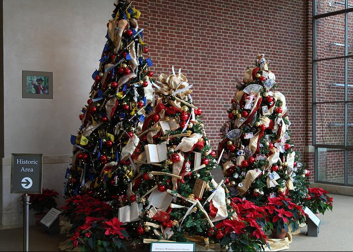 Mt Greeting Card featuring the photograph Christmas Display - Mt Vernon - 01131 by DC Photographer