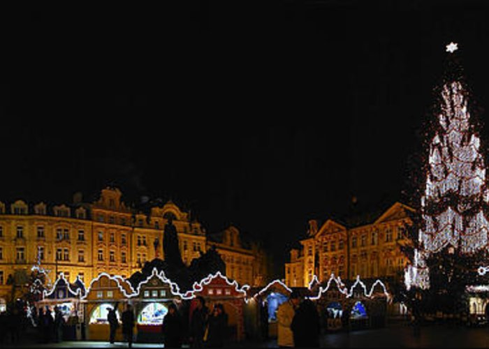 Old Town Square Photographs Greeting Card featuring the photograph Christmas Market by Gary Lobdell