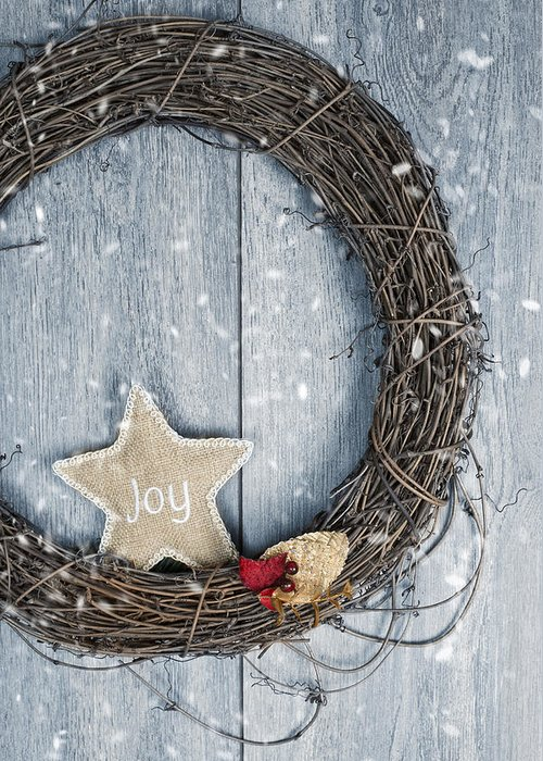 Christmas Greeting Card featuring the photograph Christmas Wreath by Amanda Elwell