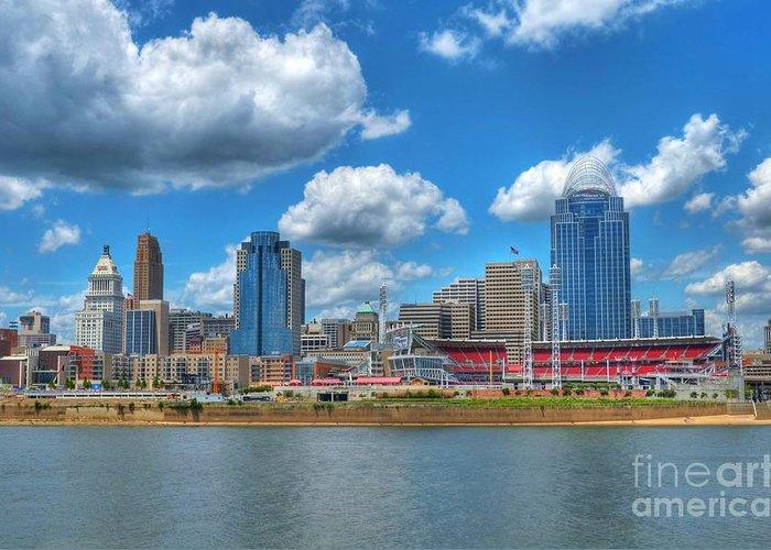 Cincinnati Skyline Greeting Card featuring the photograph Cincinnati Skyline by Mel Steinhauer
