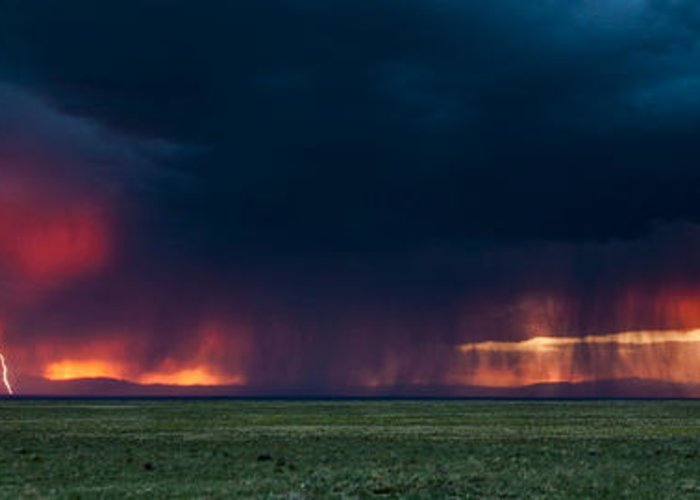 Lighting Greeting Card featuring the photograph Colorado Plains by Greg Wyatt