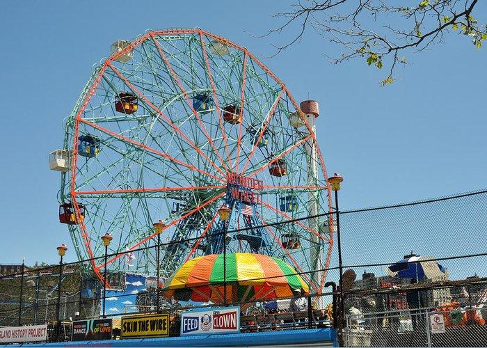 Wonder Wheel Greeting Card featuring the photograph Coney Island Wonder Wheel by Diane Lent