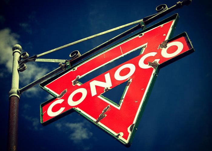 Old Signs Greeting Card featuring the photograph Conoco by Tony Santo