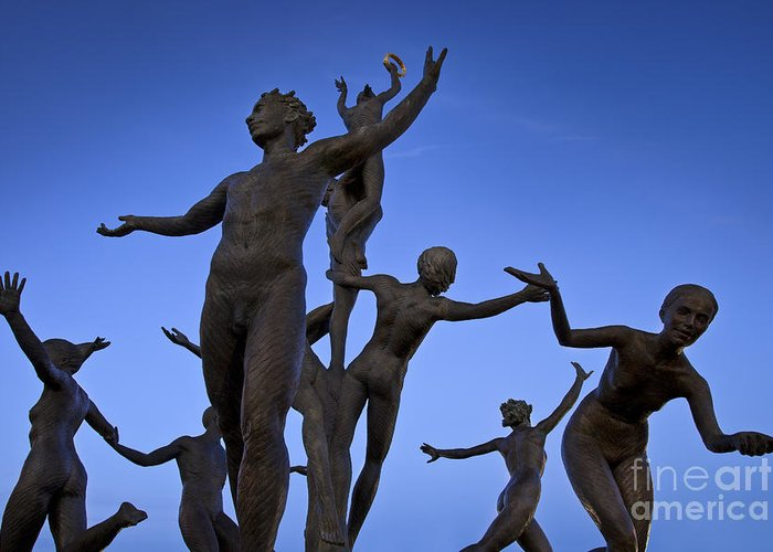 Musica Greeting Card featuring the photograph Dancing Figures by Brian Jannsen