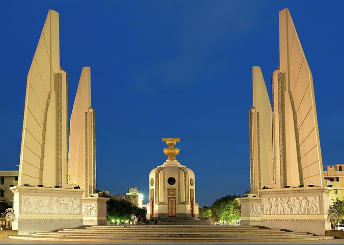 Tranquility Greeting Card featuring the photograph Democracy Monument In The Evening by Andrew Tb Tan