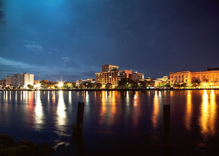 Wilmington Greeting Card featuring the photograph Downtown On The River by Chris Brehmer Photography