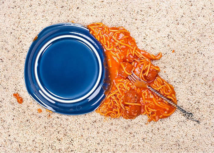 Spaghetti Greeting Card featuring the photograph Dropped Plate Of Spaghetti On Carpet by Joe Belanger