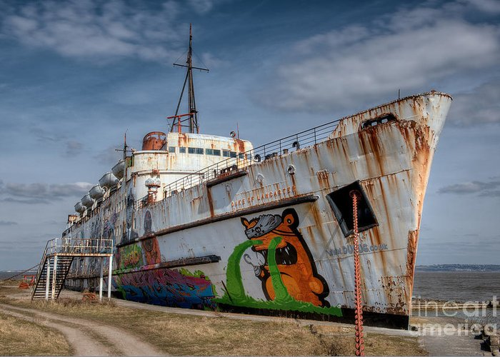 Abandoned Greeting Card featuring the photograph Duke Of Graffiti by Adrian Evans