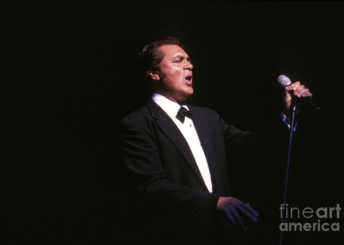 Easy Listening Greeting Card featuring the photograph Englebert Humperdink by Concert Photos