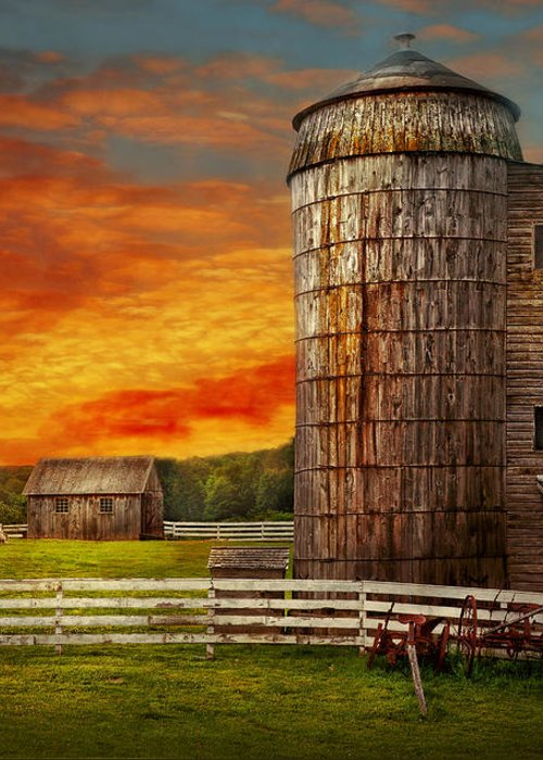 Farm Greeting Card featuring the photograph Farm - Barn - Welcome To The Farm by Mike Savad