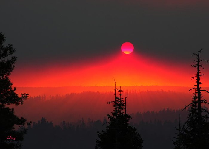 Bend Greeting Card featuring the photograph Fire In The Sky by Douglas Berg
