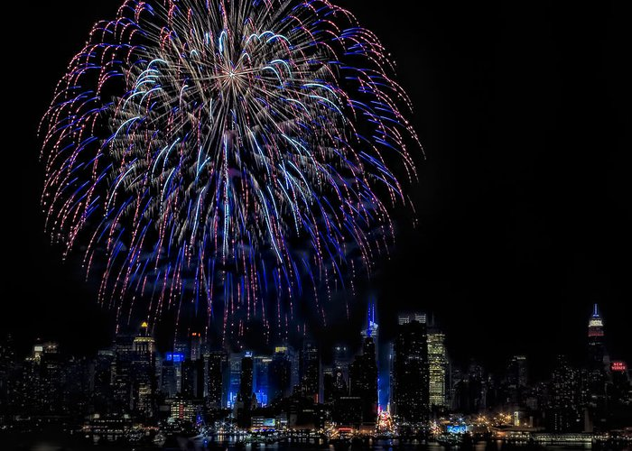 4th Of July Greeting Card featuring the photograph Fireworks In New York City by Susan Candelario