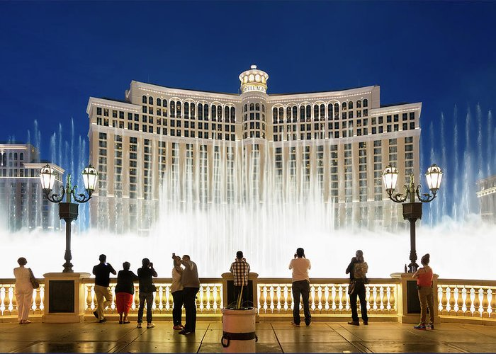 People Greeting Card featuring the photograph Fountains Of Bellagio, Bellagio Resort by Sylvain Sonnet