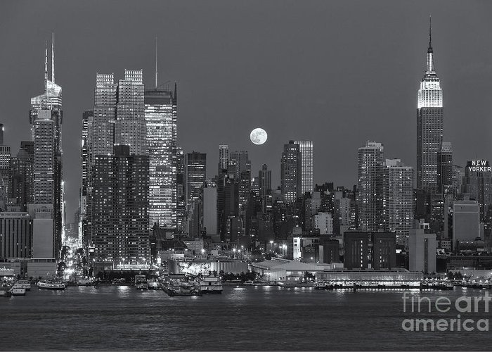 Clarence Holmes Greeting Card featuring the photograph Full Moon Rising Over New York City IIi by Clarence Holmes