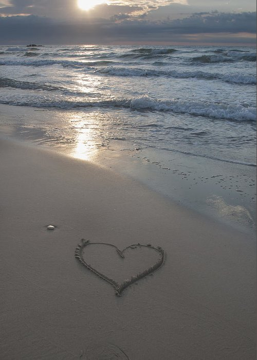 Sunset Greeting Card featuring the photograph Heart At The Beach by Oscar Hurtado