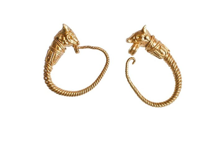 Ancient Greeting Card featuring the photograph Hellenistic Gold Earrings by Science Photo Library