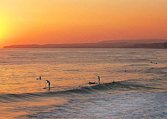 San Clemente Greeting Card featuring the photograph Honey Ill Be Late For Dinner by Ron Regalado