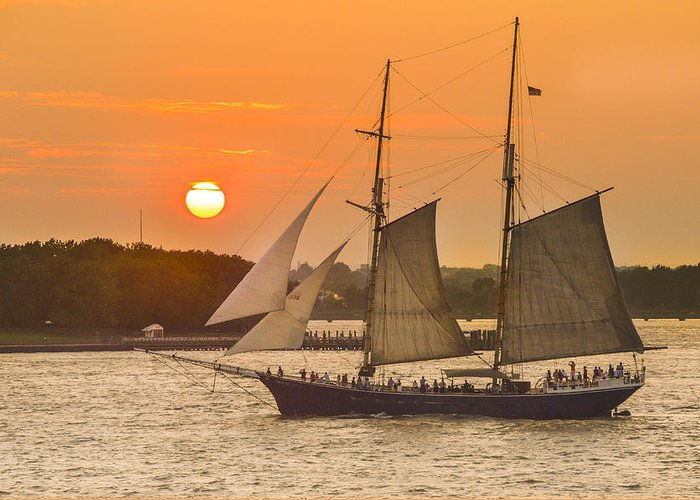 Sunset Greeting Card featuring the photograph Hudson River Tall Ship In Manhattan New York - New York by Maria isabel Villamonte