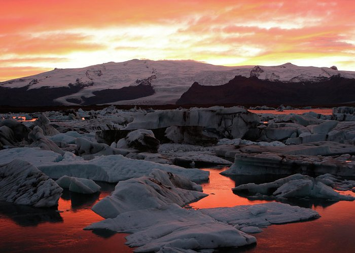 Scenics Greeting Card featuring the photograph Jokulsarlon Lagoon At Sunset by Richard Collins