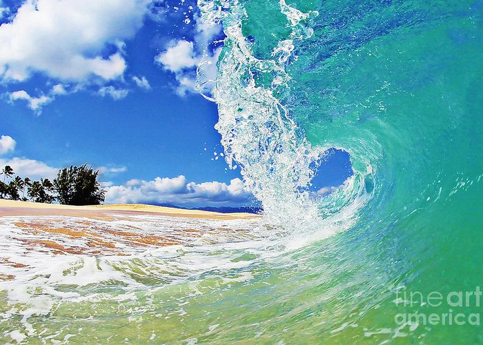 Ocean Greeting Card featuring the photograph Keiki Beach Wave by Paul Topp