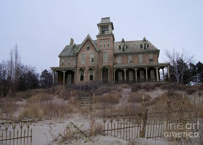 Haunted House Greeting Card featuring the photograph Kettle Point Manor by Tom Straub