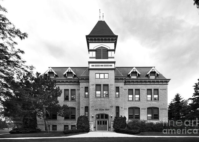 Howards Grove Greeting Card featuring the photograph Lakeland College Old Main Hall by University Icons