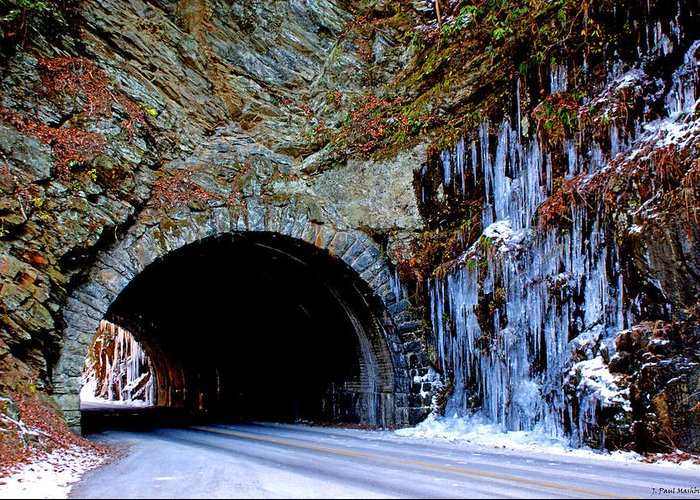 Laurel Creek Greeting Card featuring the photograph Laurel Creek Road Tunnel by Paul Mashburn