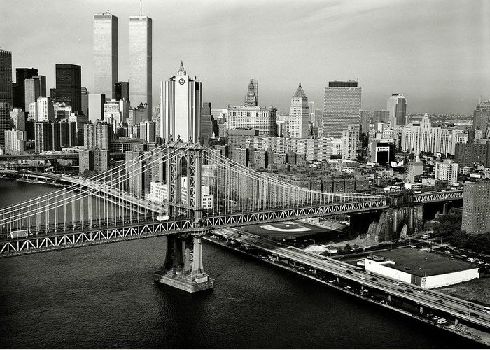 New York Greeting Card featuring the photograph Manhattan Bridge by Benjamin Yeager