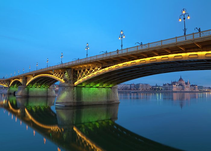 Town Greeting Card featuring the photograph Margaret Bridge And The Parliament by Focusstock