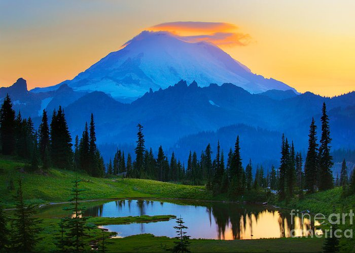 Mount Rainier Greeting Card featuring the photograph Mount Rainier Goodnight by Inge Johnsson