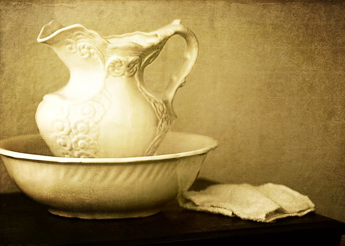 Lincoln Rogers Greeting Card featuring the photograph Old Fashioned Pitcher And Basin by Lincoln Rogers