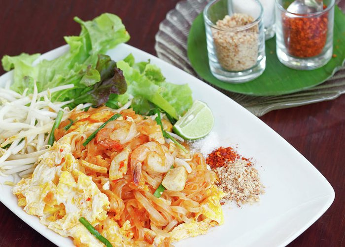 Prawn Greeting Card featuring the photograph Pad Thai by Tommyix