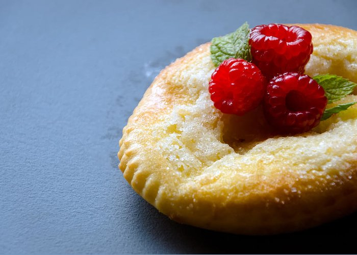 Comida Greeting Card featuring the photograph Pain Au Sucre by Jose Flores