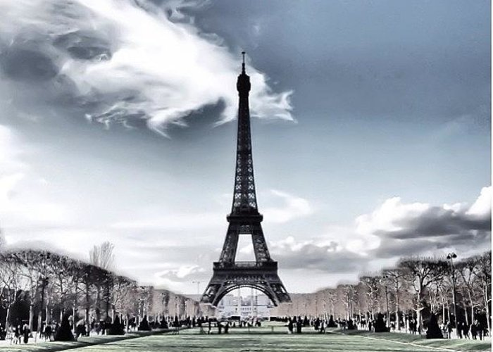 Greeting Card featuring the photograph Paris • I Used Snapseed by Matheo Montes