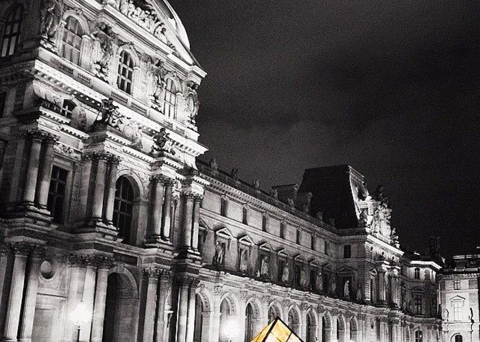 Worldunion Greeting Card featuring the photograph #paris #france #louvre #bw #architecture by Luisa Azzolini