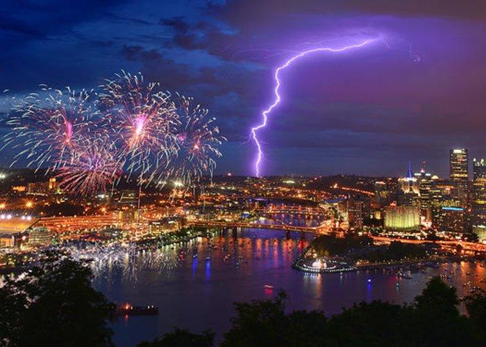 Pittsburgh Skyline.fireworks Greeting Cards